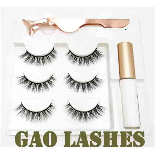 set of lashes